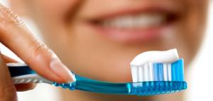 How To Brush Your Teeth Properly 2